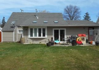 Pre Foreclosure in Berea 44017 WALLACE DR - Property ID: 1465527733