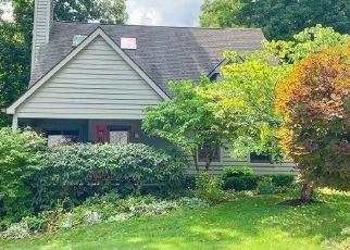 Pre Foreclosure in Brecksville 44141 WOODCREST DR - Property ID: 1465568904