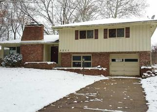 Pre Foreclosure in Topeka 66614 SW ARNOLD AVE - Property ID: 1465932860