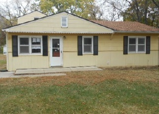 Pre Foreclosure in Topeka 66618 NW 70TH ST - Property ID: 1465946880