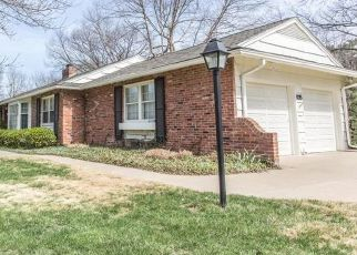 Pre Foreclosure in Leawood 66206 WENONGA RD - Property ID: 1465961766