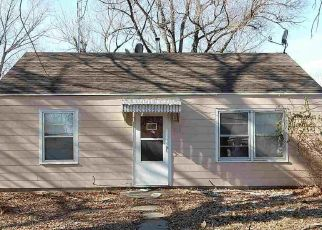 Pre Foreclosure in Topeka 66616 NE POPLAR ST - Property ID: 1465967899