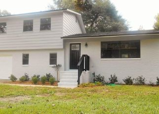 Pre Foreclosure in Jacksonville 32225 COLONIAL CT S - Property ID: 1466062493