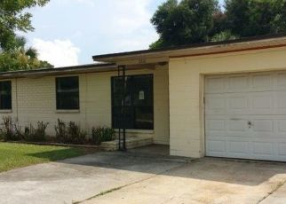 Pre Foreclosure in Jacksonville 32211 RED OAK DR - Property ID: 1466078704