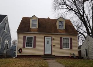 Pre Foreclosure in Bettendorf 52722 OAK ST - Property ID: 1466104987