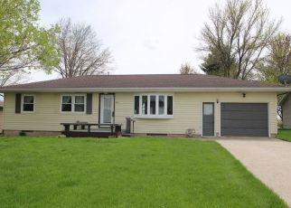 Pre Foreclosure in Aplington 50604 GRAY ST - Property ID: 1466219282