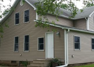 Pre Foreclosure in Victor 52347 210TH ST - Property ID: 1466235491
