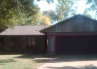 Pre Foreclosure in Muscatine 52761 SPINNING WHEEL CT - Property ID: 1466271857