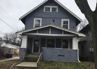 Pre Foreclosure in Cedar Rapids 52403 18TH ST SE - Property ID: 1466292425