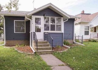 Pre Foreclosure in Waterloo 50701 WALLGATE AVE - Property ID: 1466304698