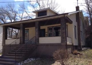 Pre Foreclosure in Dubuque 52001 UNIVERSITY AVE - Property ID: 1466335796