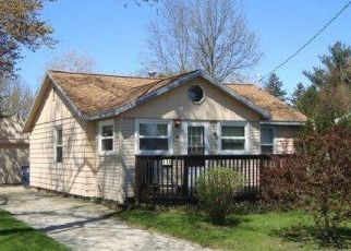 Pre Foreclosure in Michigan City 46360 TRUNK CT - Property ID: 1466415946