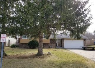 Pre Foreclosure in Hebron 46341 HICKORY AVE - Property ID: 1466456670