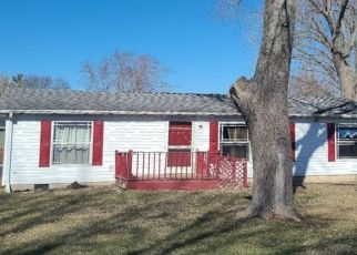 Pre Foreclosure in Logansport 46947 CLARK ST - Property ID: 1466460612