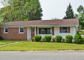 Pre Foreclosure in New Albany 47150 KENT DR - Property ID: 1466562664