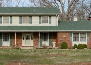 Pre Foreclosure in New Albany 47150 CHAPEL LN - Property ID: 1466573162
