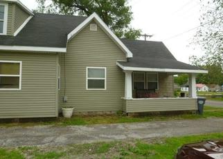 Pre Foreclosure in Marion 46952 E CHARLES ST - Property ID: 1466599446