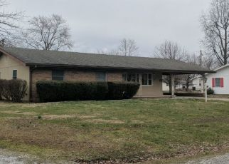 Pre Foreclosure in West Frankfort 62896 N ILLINOIS AVE - Property ID: 1466722971