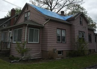 Pre Foreclosure in East Hartford 06108 LIVINGSTON RD - Property ID: 1466914346