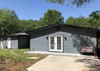 Pre Foreclosure in Pensacola 32534 VINEYARD LN - Property ID: 1467129398