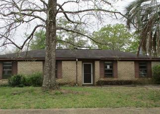 Pre Foreclosure in Pensacola 32526 CORONADO DR - Property ID: 1467138150
