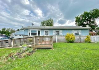 Pre Foreclosure in Allentown 18104 MERRY LN - Property ID: 1467411904