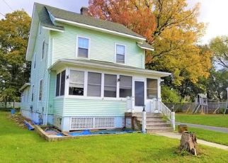 Pre Foreclosure in Middletown 10940 GARDNER AVE - Property ID: 1467579187
