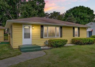 Pre Foreclosure in Sun Prairie 53590 N BIRD ST - Property ID: 1467840667