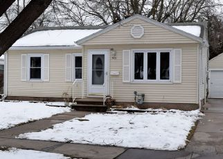 Pre Foreclosure in Green Bay 54304 COLONIAL AVE - Property ID: 1467849424