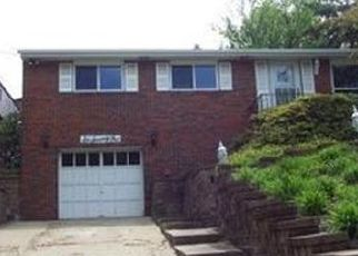 Pre Foreclosure in Bethel Park 15102 CLIFTON RD - Property ID: 1468012798