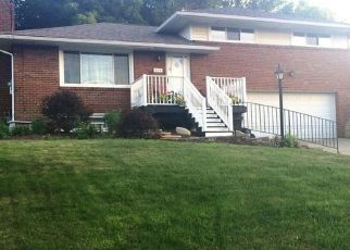 Pre Foreclosure in Pittsburgh 15236 MILLET LN - Property ID: 1468015863