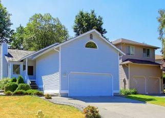Pre Foreclosure in Renton 98055 SE 8TH DR - Property ID: 1468209891