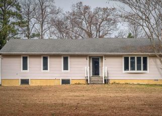 Pre Foreclosure in Toano 23168 MERRY OAKS LN - Property ID: 1468381567