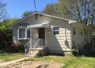 Pre Foreclosure in Petersburg 23803 LINCOLN ST - Property ID: 1468500250
