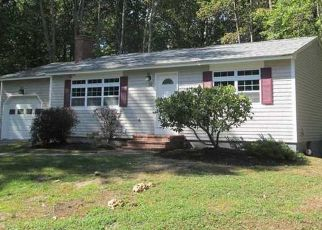 Pre Foreclosure in Wells 04090 ROYAL HTS - Property ID: 1468578208