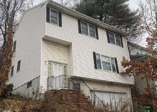 Pre Foreclosure in Medford 02155 FELLSWAY W - Property ID: 1468633846