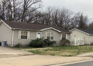 Pre Foreclosure in Evansville 47714 POLLACK AVE - Property ID: 1468744200
