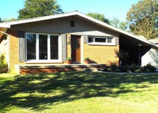 Pre Foreclosure in Evansville 47711 BLOSSOM LN - Property ID: 1468746397