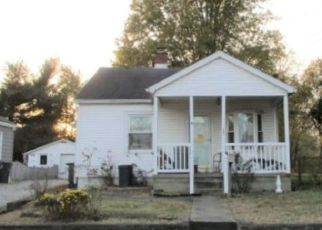 Pre Foreclosure in Evansville 47711 N SHERMAN ST - Property ID: 1468750336
