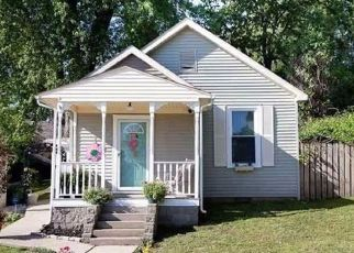 Pre Foreclosure in Newburgh 47630 POSEY ST - Property ID: 1468753853