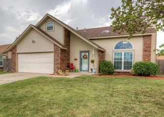Pre Foreclosure in Owasso 74055 E 81ST PL N - Property ID: 1468875153