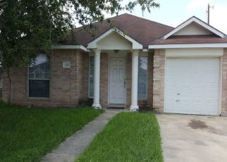 Pre Foreclosure in Weslaco 78596 LINSAY AVE - Property ID: 1468948295