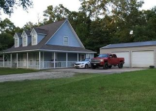 Pre Foreclosure in Huffman 77336 E SHOREWOOD LOOP - Property ID: 1469085386