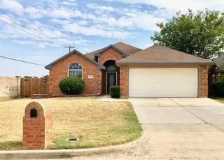 Pre Foreclosure in Fort Worth 76137 REGENCY CIR - Property ID: 1469178230
