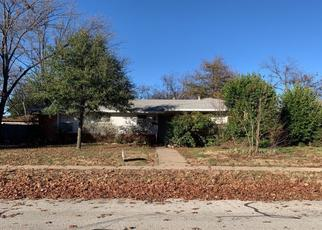 Pre Foreclosure in Fort Worth 76112 JEWELL AVE - Property ID: 1469182170