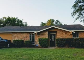 Pre Foreclosure in Cedar Hill 75104 CAMBRIDGE DR - Property ID: 1469197963