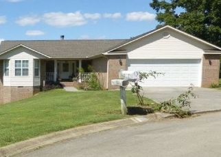 Pre Foreclosure in Maryville 37803 WILLOW POND DR - Property ID: 1469398543