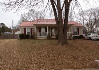 Pre Foreclosure in Millington 38053 BARNSLEY CV - Property ID: 1469414750