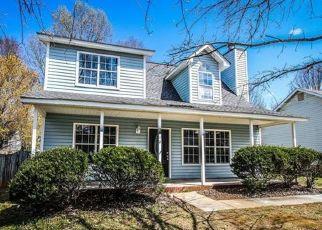 Pre Foreclosure in Matthews 28105 CEDARBARK DR - Property ID: 1469810680