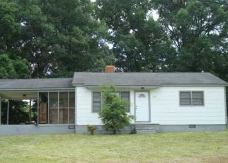 Pre Foreclosure in Charlotte 28214 GOODMAN RD - Property ID: 1469819428
